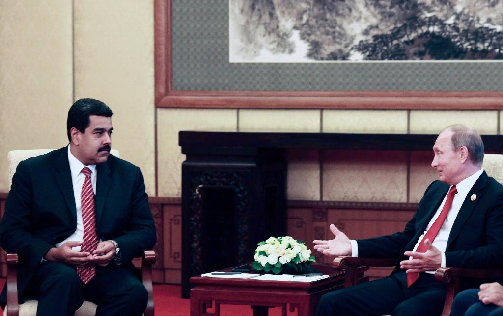 Maduro, Putin discuss ways to stabilize oil market