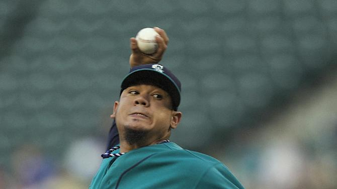 Richards leads Angels past Mariners 2-0