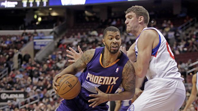 Suns lead all the way in 124-113 win over 76ers