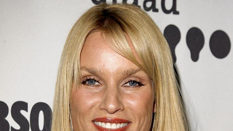 Nicollette Sheridan at the 17th Annual GLAAD Media Awards on April 8, 2006