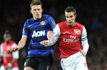 Van Persie will be the difference as Manchester United look to regain the Premier League title, says Carrick