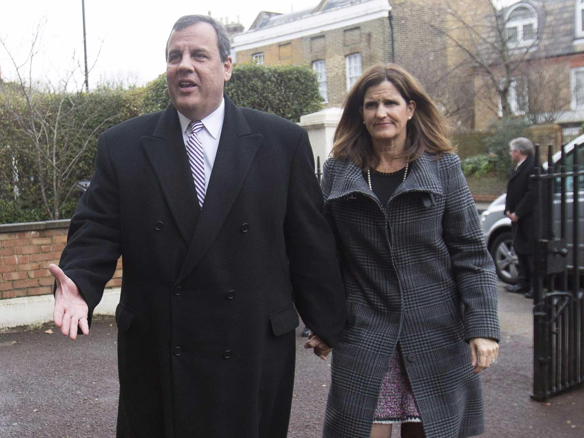 Chris Christie's wife is leaving Wall Street ahead of his likely 2016 campaign
