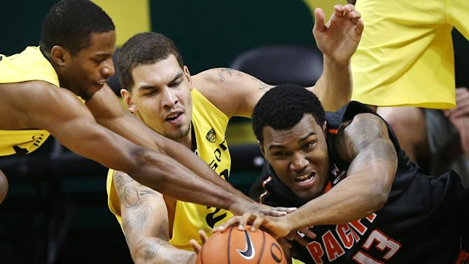 Moser, No. 14 Oregon trounce Pacific 85-62