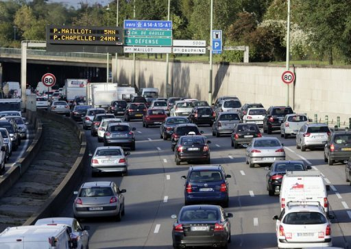 <p>File picture shows the Paris 'Peripherique' ring road. European sales of new cars plunged by 10.8 percent in September from a year earlier, the European Automobile Manufacturers Association (ACEA) said on Tuesday</p>