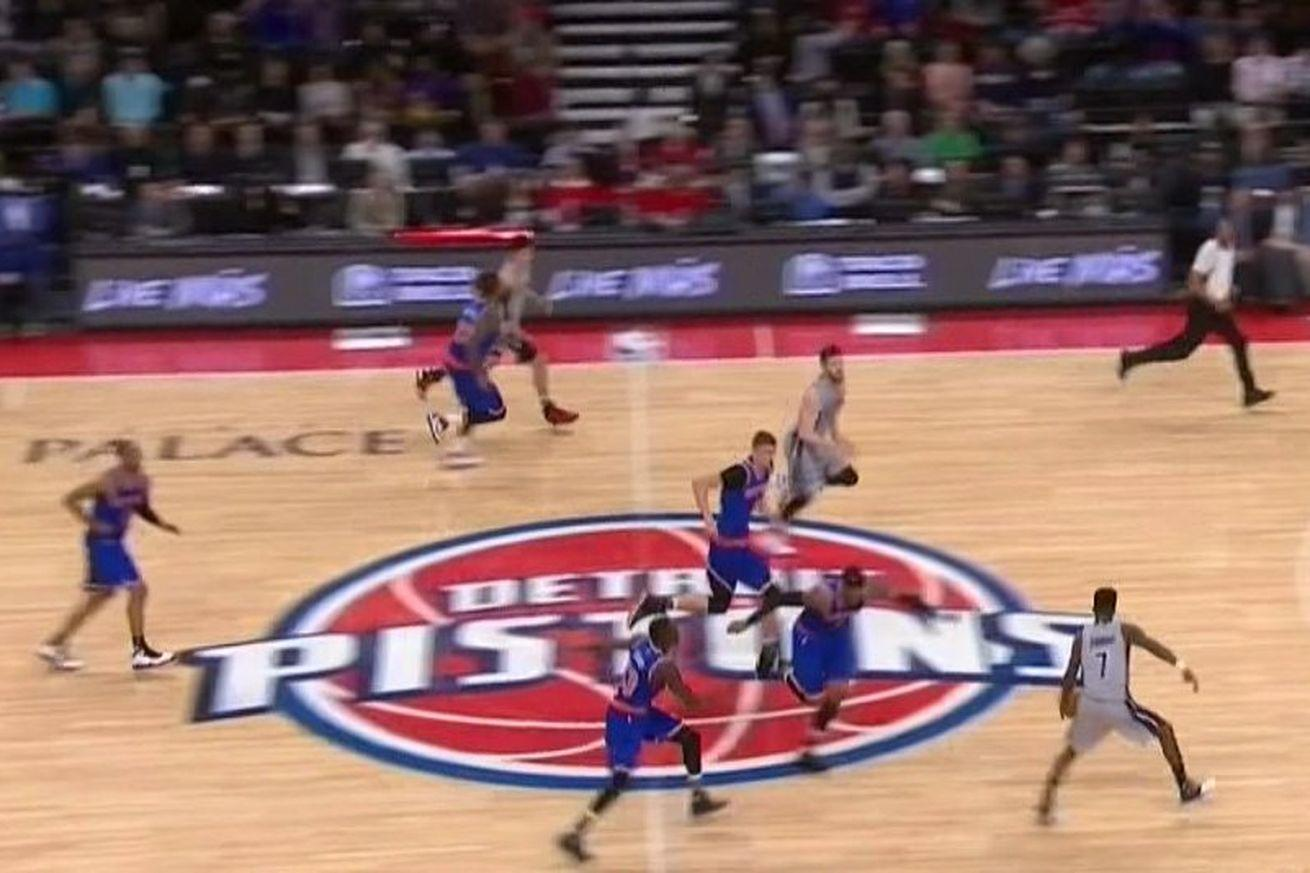 Brandon Jennings beat the entire Knicks team for a wide open layup with 4 seconds left in the half