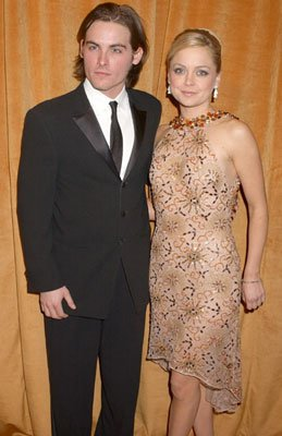 Kevin Zegers and Marisa Coughlan