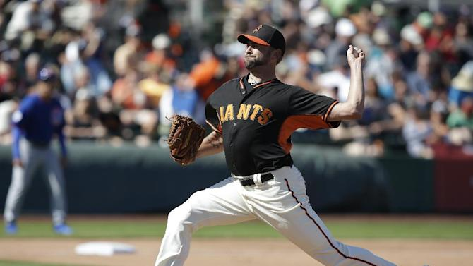 San Francisco Giants' Jeremy Affeldt (41) throws during a spring training baseball game against the Chicago Cubs,Thursday, March 5, 2015, in Scottsdale, Ariz. (AP Photo/Darron Cummings)