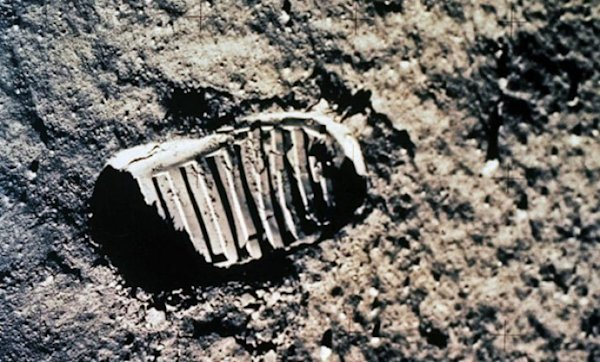 neil armstrong first step - photo #10