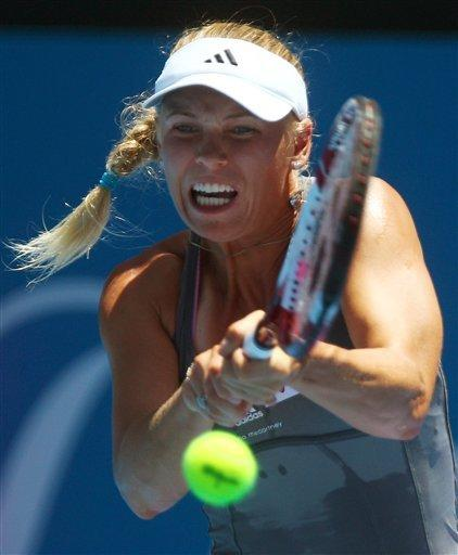 Wozniacki easy winner to open Sydney International