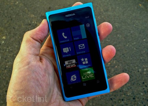 Nokia: Lumia 800 will be available SIM free on 16 November. Phones, Nokia, Nokia Lumia 800, Windows Phone 7, Mobile phones, Clove 0