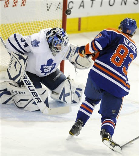 Maple Leafs' Connolly scores OT goal to top Oilers