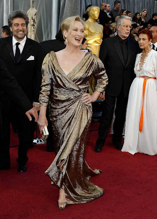 Meryl Streep arrives before the 84th Academy Awards on Sunday, Feb. 26, 2012, in the Hollywood section of Los Angeles. (AP Photo/Matt Sayles)