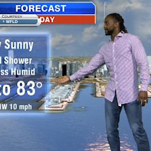 Chicago Bears cornerback Charles Tillman does the weather