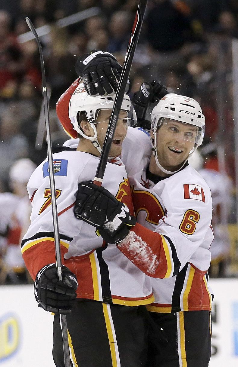 Brodie's last-minute goal puts Flames past Kings