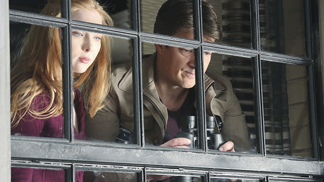 """Castle"" - ""The Lives of Others"" MOLLY QUINN, NATHAN FILLION"
