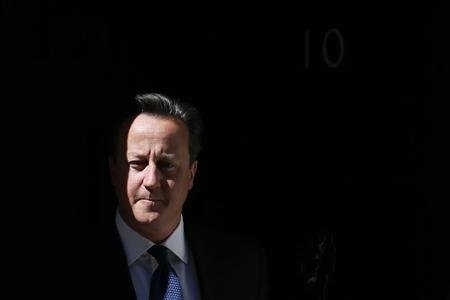 Britain's Prime Minister, David Cameron leaves number 10 Downing Street in central London June 14, 2013. REUTERS/Stefan Wermuth