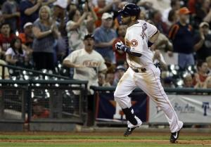 Gonzalez helps Astros to 3-2 win over Mariners
