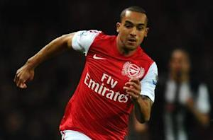 Wenger: Walcott a doubt for Arsenal's Champions League clash with Schalke