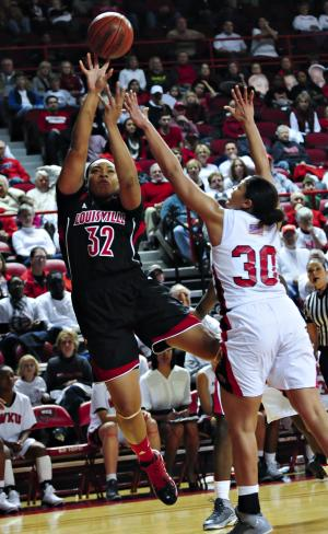 Smith helps No. 4 Louisville women beat W Kentucky