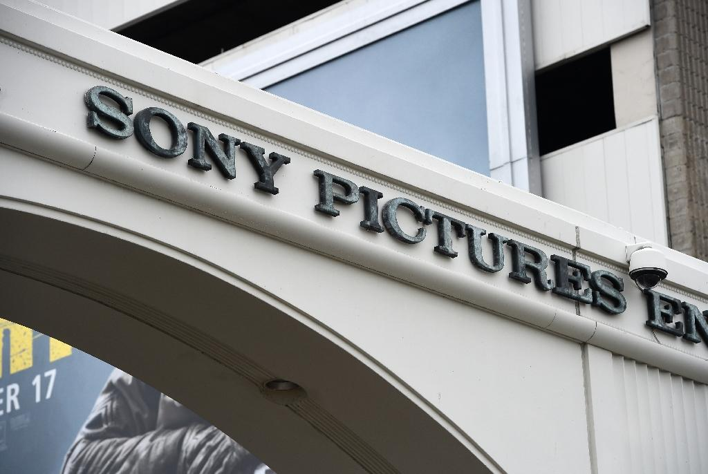 Obama says Sony hack was not 'an act of war'
