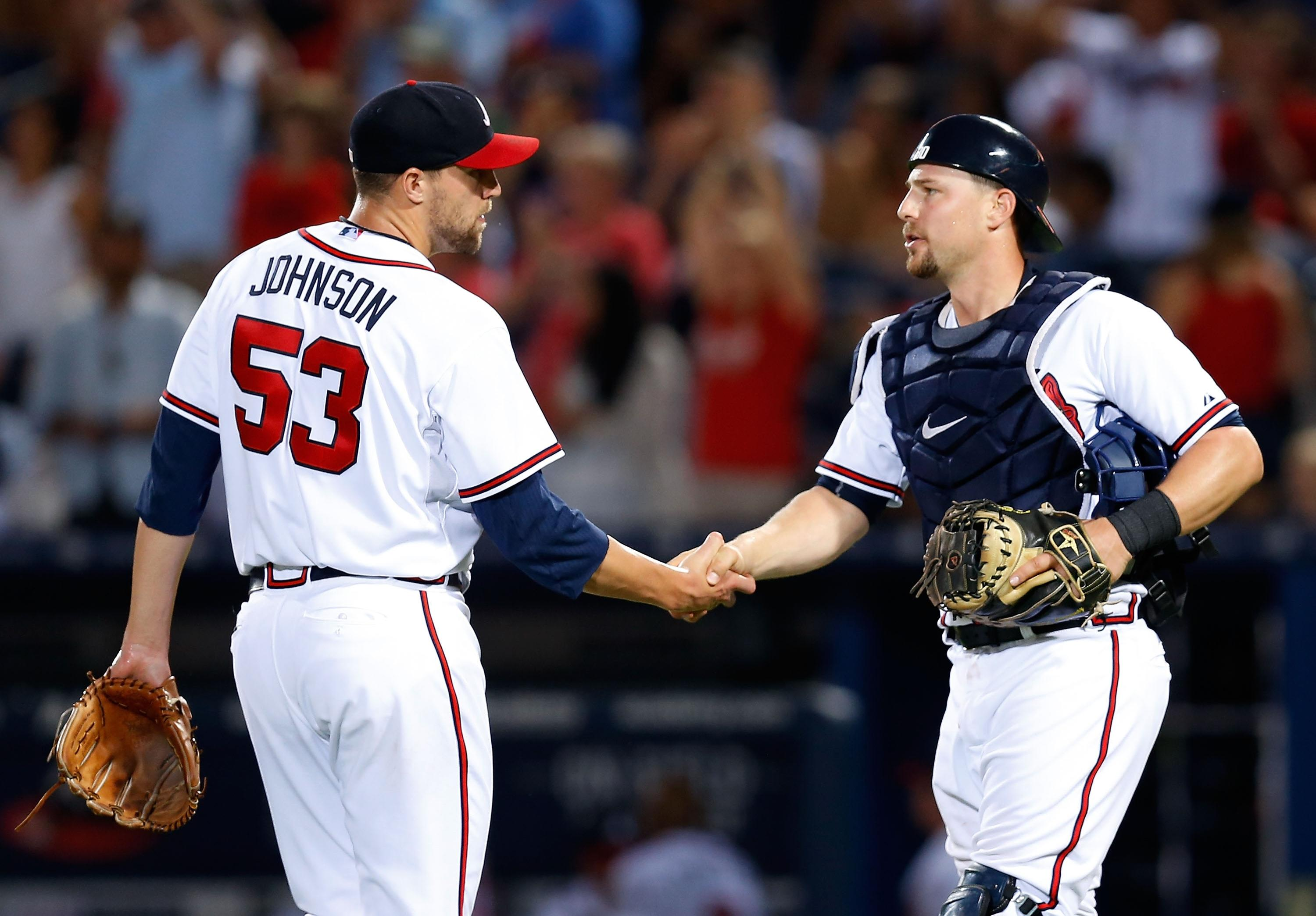 Hot Stove Digest: Jim Johnson returns to Braves on a one-year deal