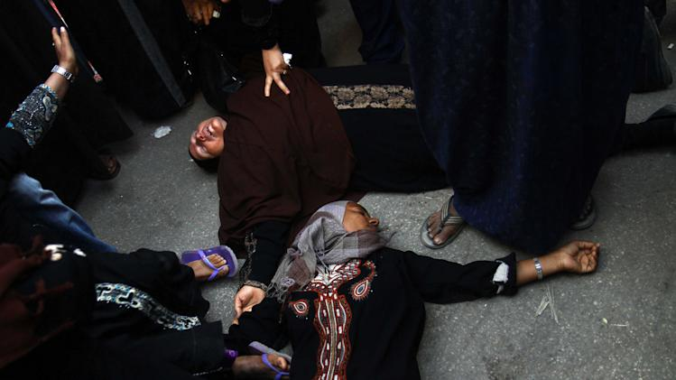 Egyptian women overcome by emotion