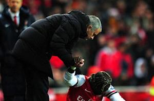 Chelsea boss Mourinho hits out at 'crying' Arsenal