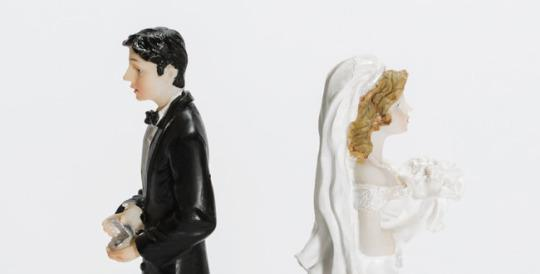9 Really Weird Causes Of Divorce