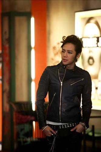 Jang Keun Suk to Sing the Theme Song to Japanese Animation