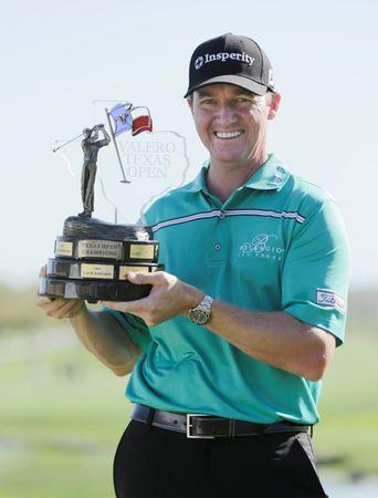 Local favorite Walker wins Texas Open