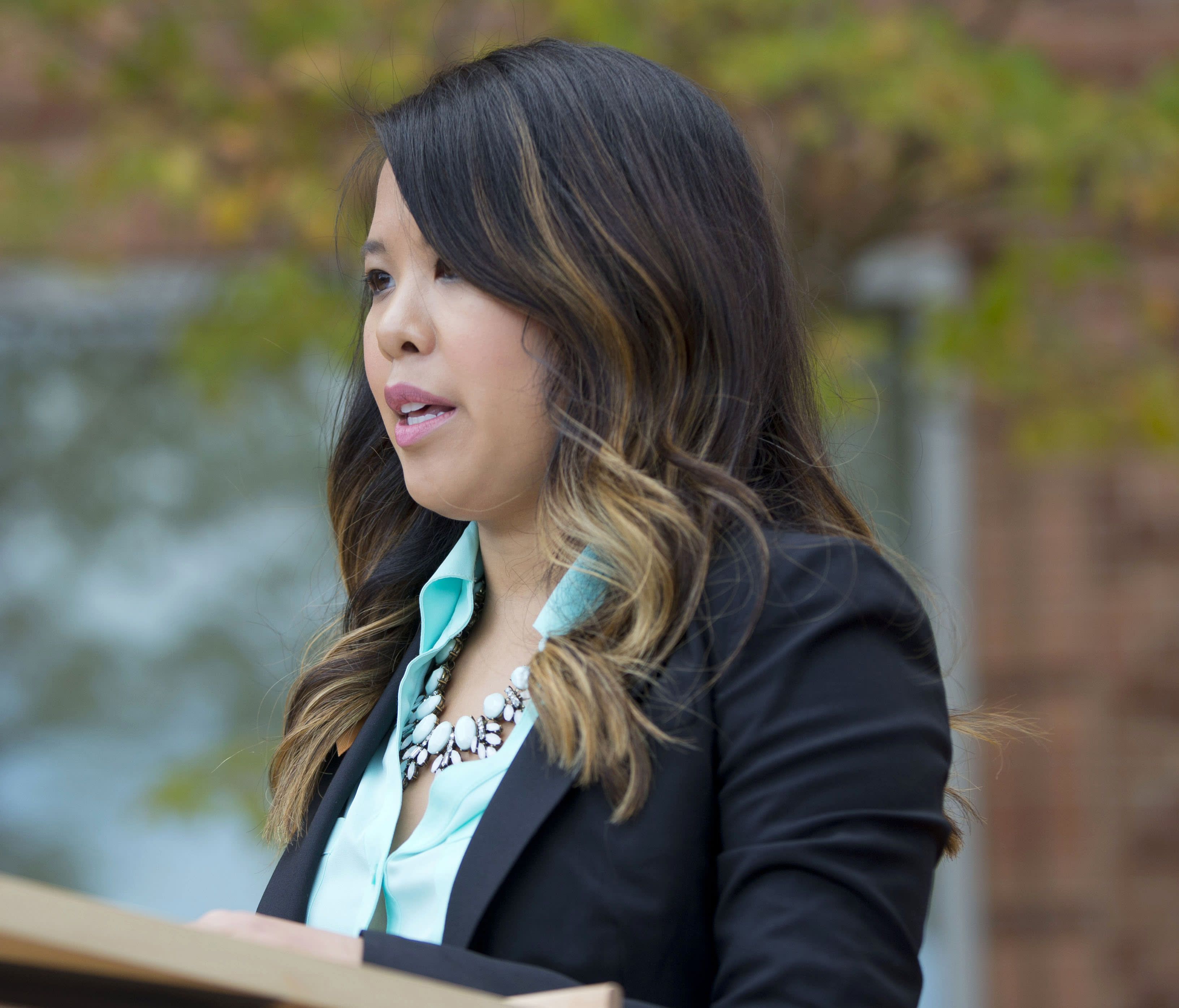Judge halts worker's comp claim for Ebola nurse Nina Pham