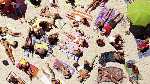 The Truth About Sunscreen: Are Labels Lying?