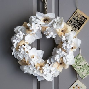 15 stunning Christmas wreaths we love