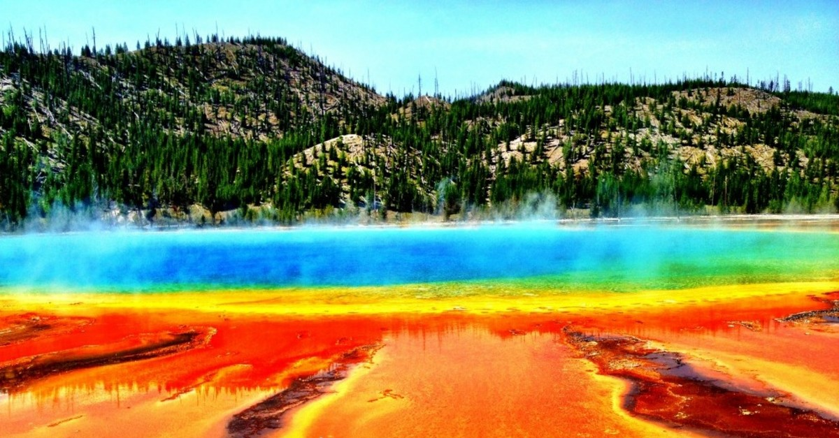 10 Locations You Won't Believe Exist on Earth