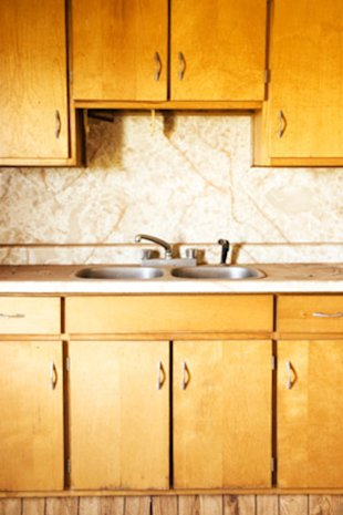 York Kitchen Cabinets on Cleaning The Impossible  4 Secrets From The Pros   At Home   Yahoo