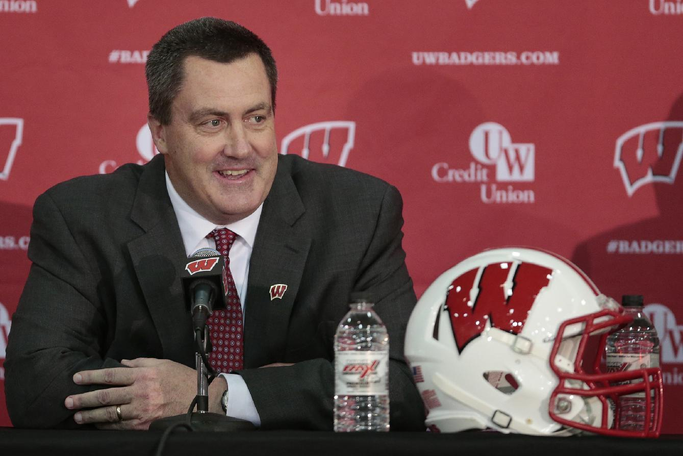 Wisconsin coach Chryst reinforcing recruiting ties back home