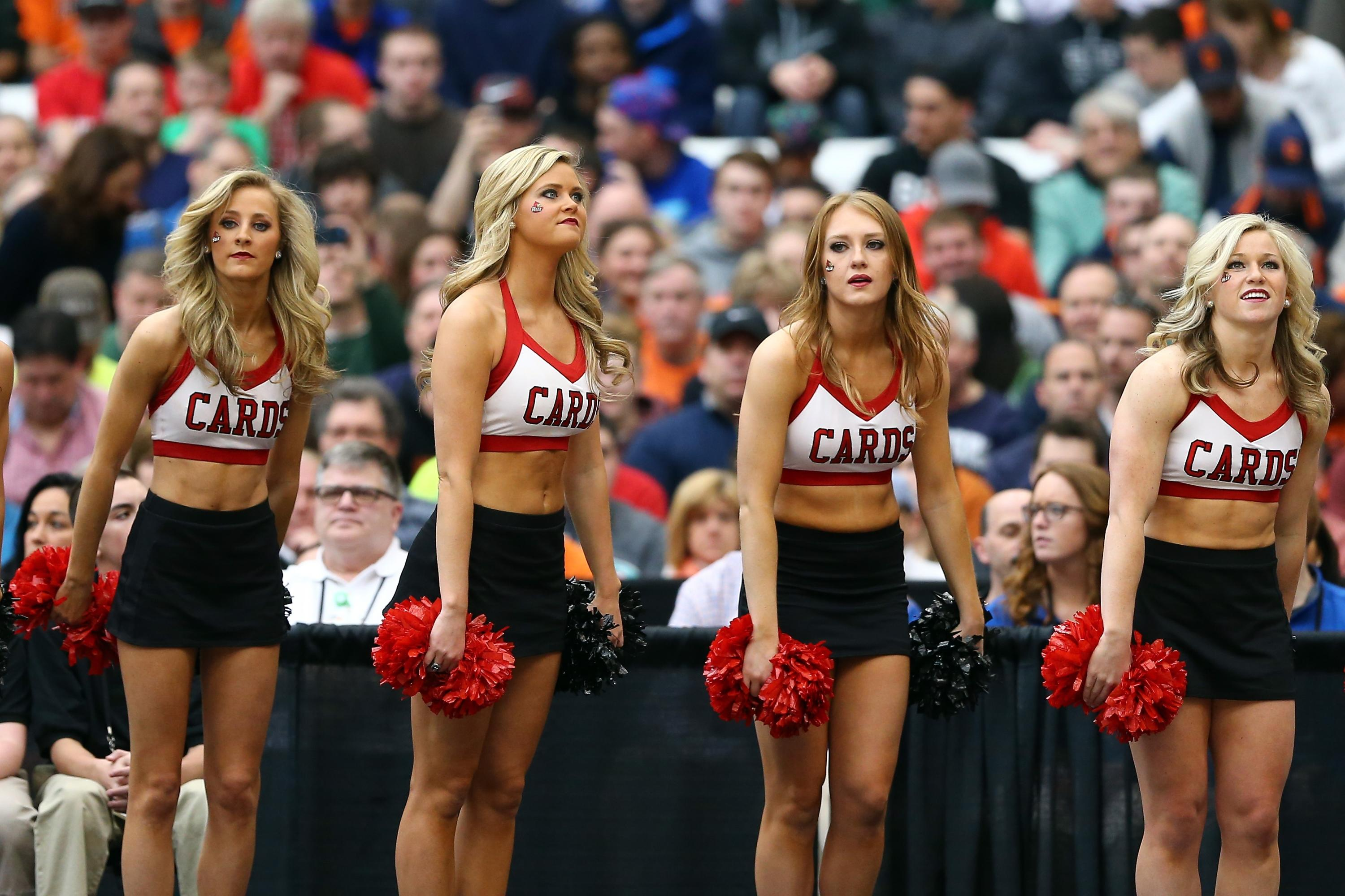 2015 March Madness cheerleaders - Elite 8