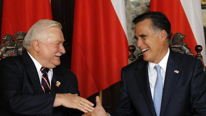 Republican presidential candidate, former Massachusetts Gov. Mitt Romney meets with Poland's former President Lech Walesa, Monday, July 30, 2012, in Artus Court, in Gdansk, Poland. (AP Photo/Charles Dharapak)