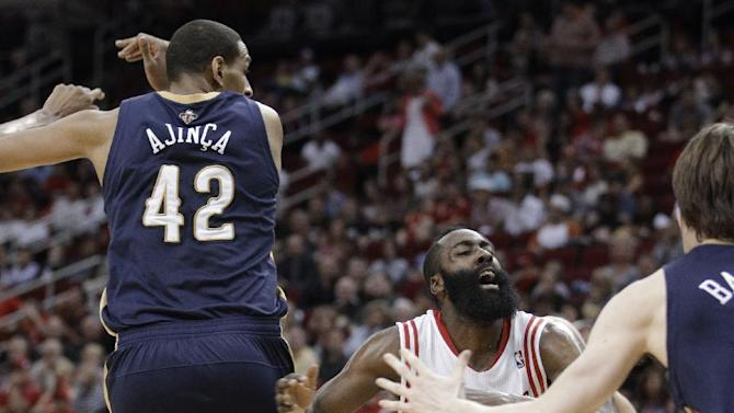 Harden leads Rockets over Pelicans 111-104