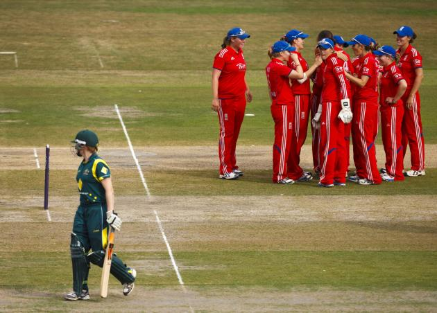 Cricket - Second Women's Ashes One Day International - England Women v Australia Women - County Ground