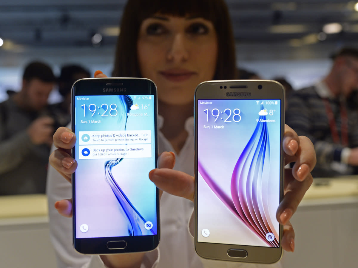 Samsung's biggest fans have a lot of complaints about the Galaxy S 6