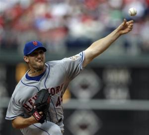 Niese, Wright lead Mets over Phillies
