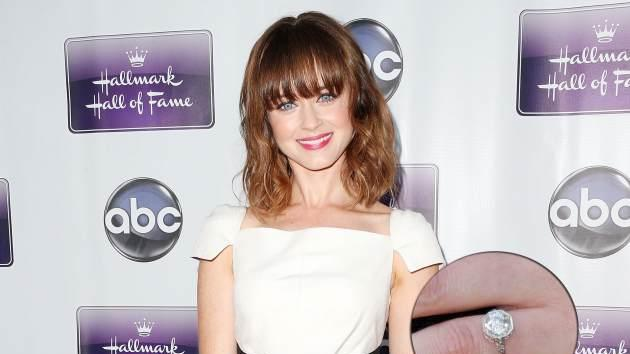 Alexis Bledel and her engagement ring, April 18, 2013 -- Getty Images