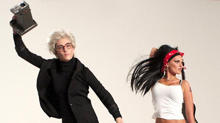 "Kyle poses as Andy Warhol and Louise poses as Amy Winehouse in a photo shoot on ""America's Next Top Model."""