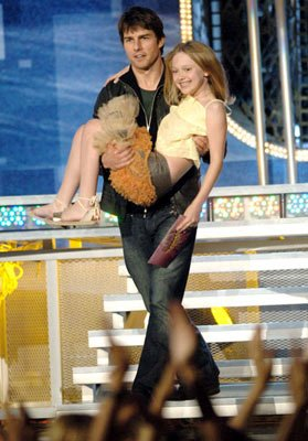 Tom Cruise and Dakota Fanning MTV Movie Awards 2005 - Show Los Angeles, CA - 6/4/05