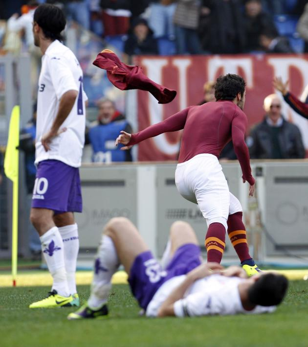 AS Roma's Destro celebrates after scoring against Fiorentina during their Italian Serie A soccer match in Rome