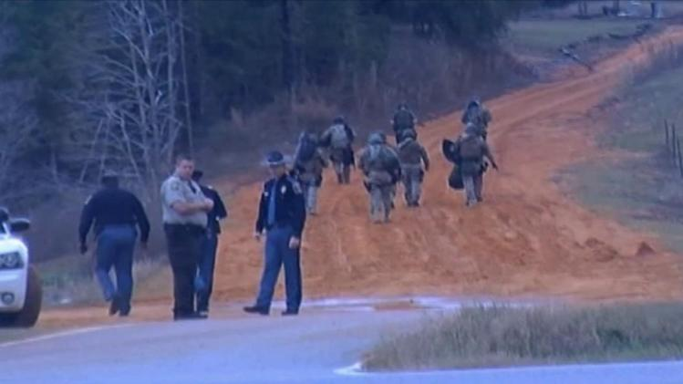 Alabama child hostage standoff enters 2nd day