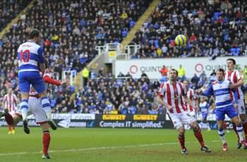 Reading 4-0 Sheffield United: Hunt bags twice to send McDermott's men through