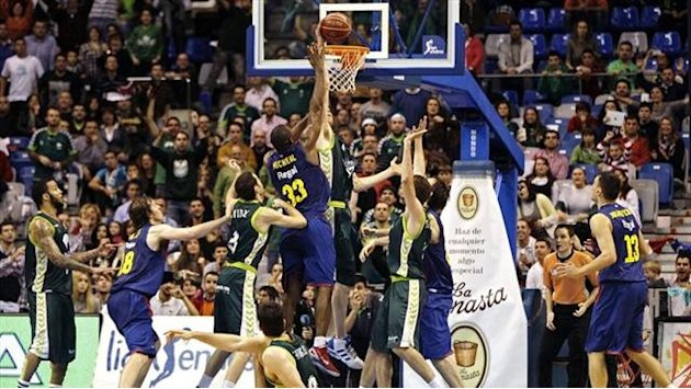 Liga ACB - En vivo, Barcelona-Unicaja: Los malagueos suean con Playoff