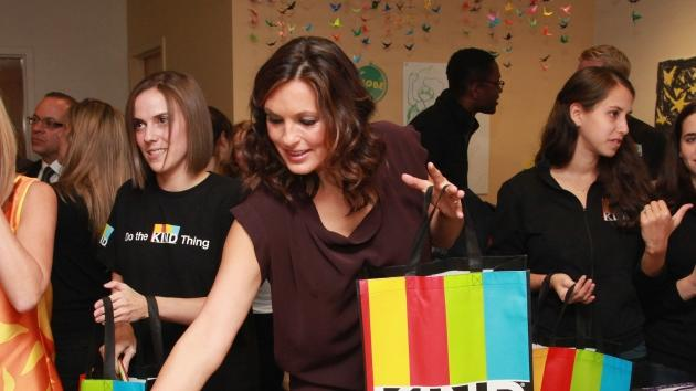 Mariska Hargitay lends a hand at a recent event sponsored by Joyful Hearts and KIND nutrition bars -- WireImage